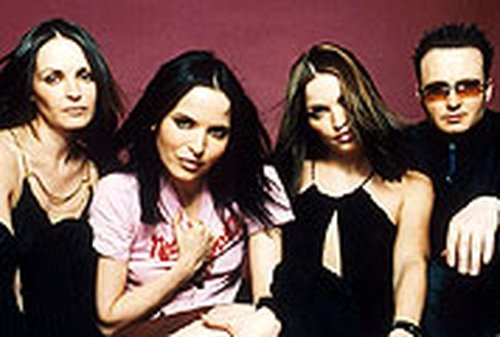 Corrs - Presented with their awards in Dublin