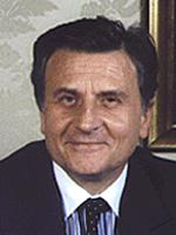 Jean-Claude Trichet - ECB rates steady at 2%