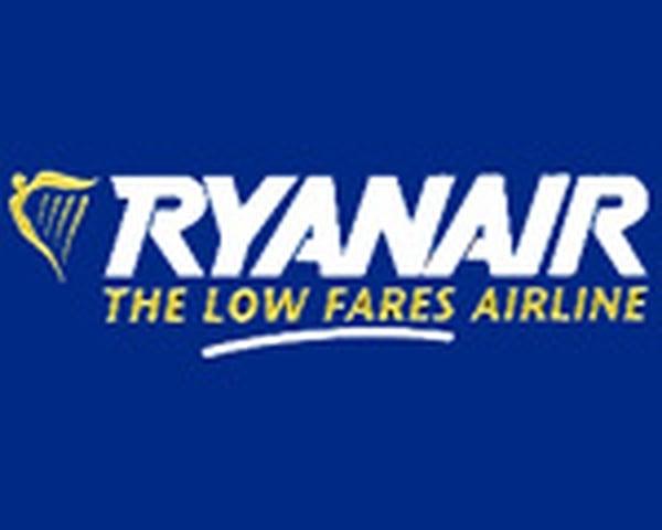 Ryanair - Aer Arann cuts flights
