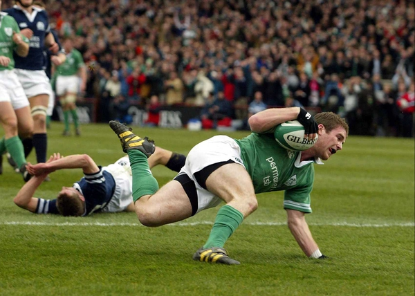 Gordon D'Arcy touches down against Scotland
