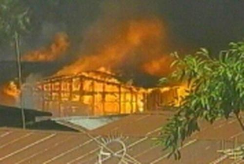 Bangkok - Thousands of homes destroyed in blaze