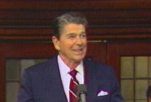 Ronald Reagan - Dies, aged 93