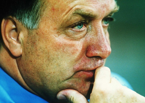 Dick Advocaat has resigned as Holland's manager - no doubt to the delight of many Dutch fans