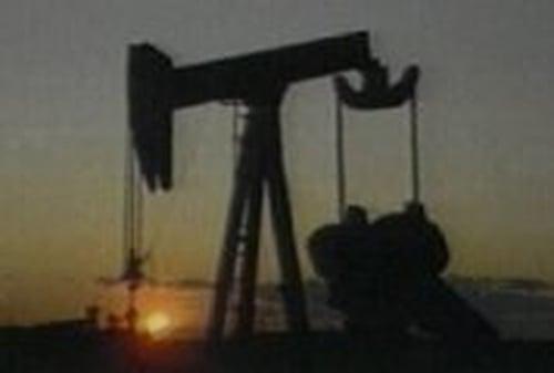 Oil prices - Weak dollar boosting prices