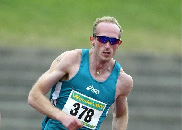 Paul Brizzel will line up against world indoor champion Alleyne Francique at the Odyssey Arena this weekend