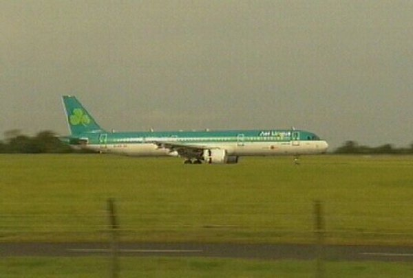 Aer Lingus - 'Clear warnings' in report