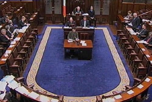 Dáil - Main parties back motion