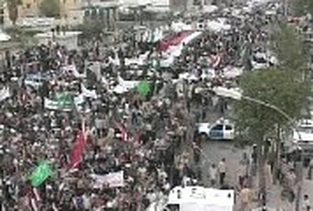 Firdus Square, Baghdad - Thousands stage protest