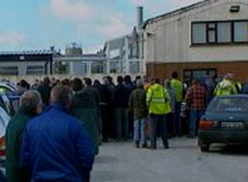 Kilkelly, Co Mayo - Quarry & construction workers end strike