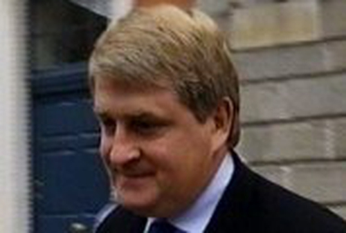 Denis O'Brien - Begins libel proceedings