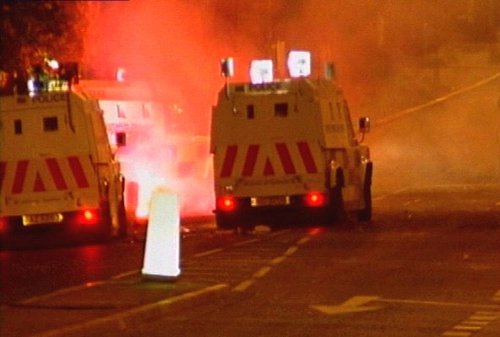 Belfast - Unionists link September riots to social deprivation
