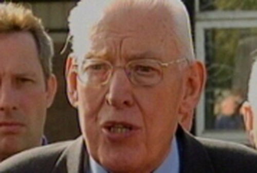 Rev Ian Paisley - Will not travel to the US