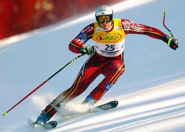 Deneriaz takes gold in downhill skiing