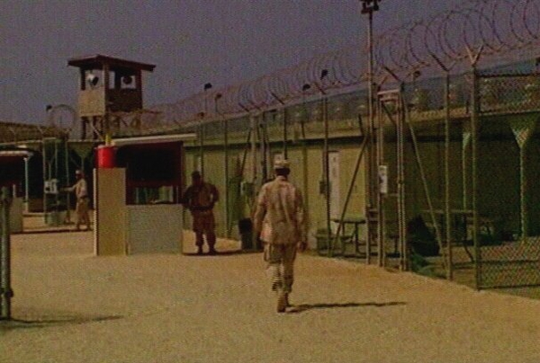 Guantanamo Bay - Three deaths probed
