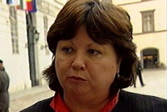 Mary Harney - No confidence motion passed