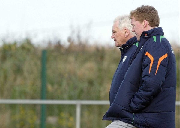 Bobby Robson and Steve Staunton watch as the Ireland squad trains