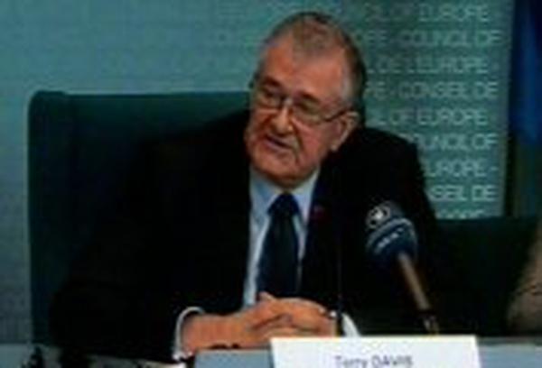 Terry Davis - European controls criticised