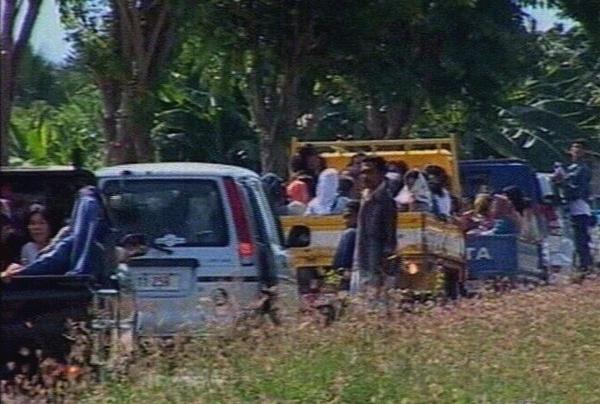 East Timor - Thousands flee in conflict