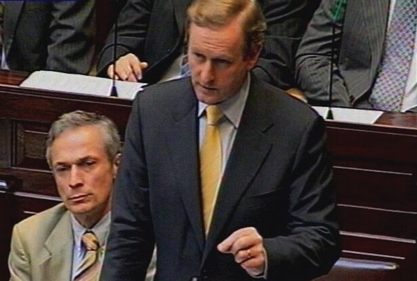 Enda Kenny - Call for debate on payments