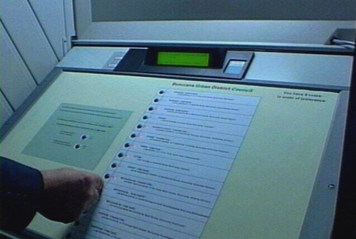 Electronic voting - Machines lying unused