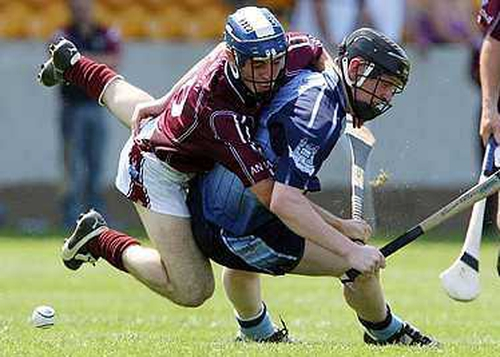 Dublin's Ronan Fallon (r) and Westmeath's Brian Smyth (l) tussle for posession in Tullamore