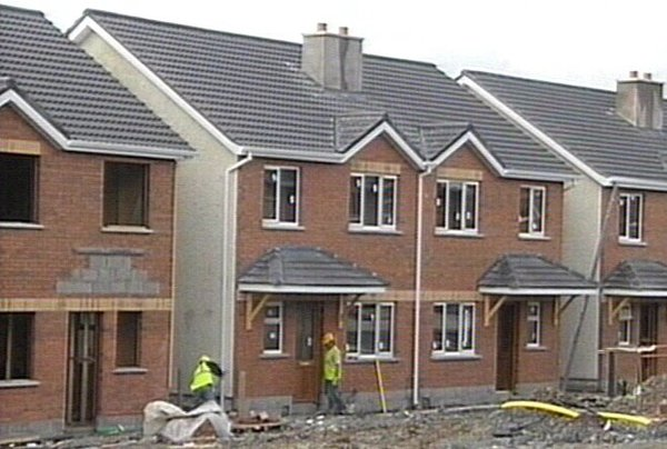 House building - ESRI predicts downturn in the economy