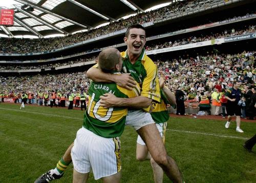 Aidan O'Mahony celebrates with Sean O'Sullivan at the final whistle