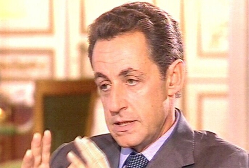 Nicolas Sarkozy - Ahead in French campaign