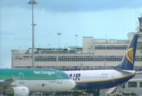 Ryanair bid - EU permission sought for Aer Lingus deal