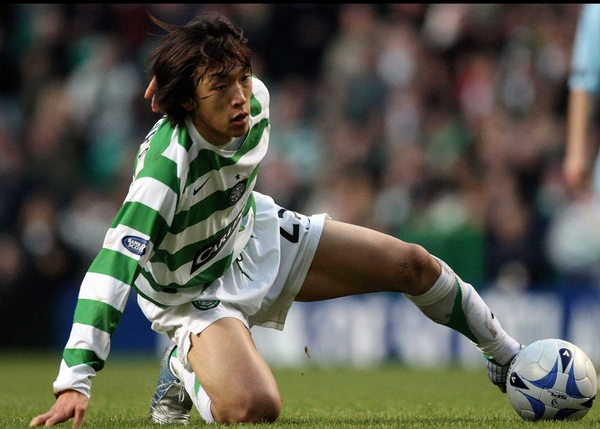 Shunsuke Nakamura's late, late strike for Celtic secured another league title for the Hoops