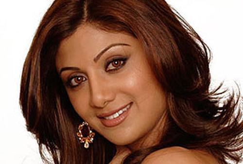 Shilpa Shetty & Richard Gere cause uproar