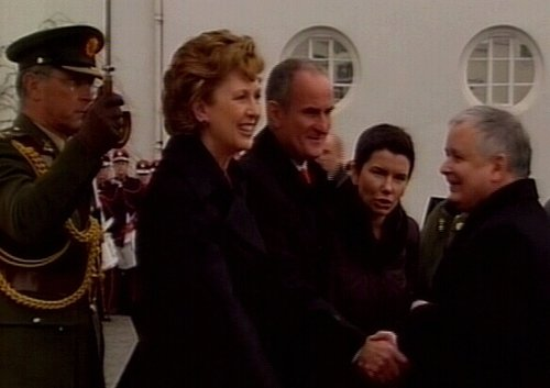 Lech Kaczynski - Welcomed by Mary McAleese