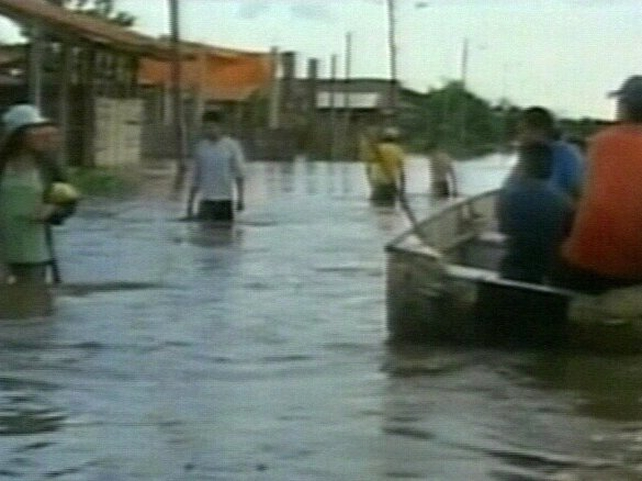 Bolivia - Massive flooding