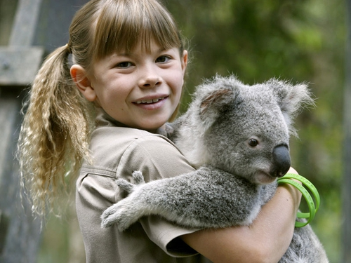 Bindi Irwin - Will introduce a special programme about her father