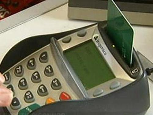 Credit cards - MasterCard adjusts fees
