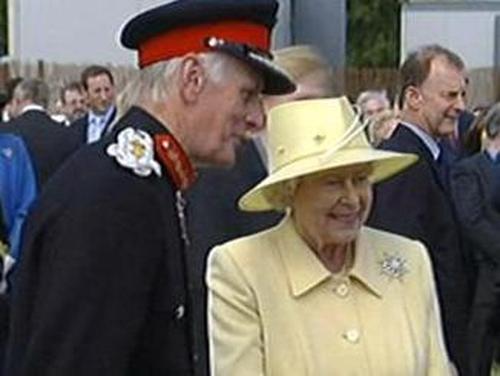 Queen Elizabeth - Attended garden party