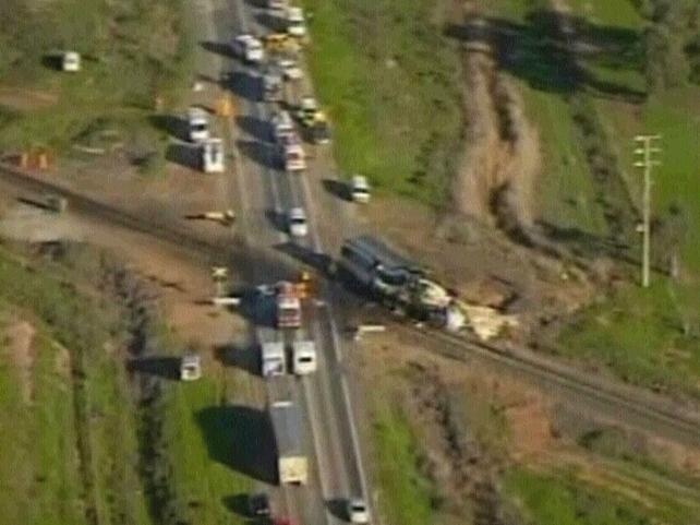 Victoria - 10 die in rail crash