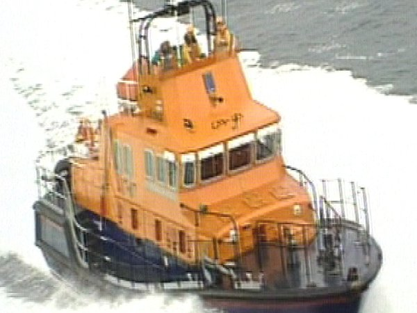 Lifeboat - Aiding trawler after fire