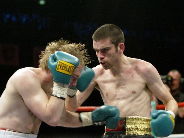 Bernard Dunne lands a right hand to the side of Reidar Walstad's head