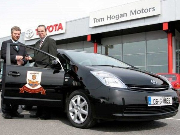 Toyota Prius - Former mayor of Galway auctioned the car