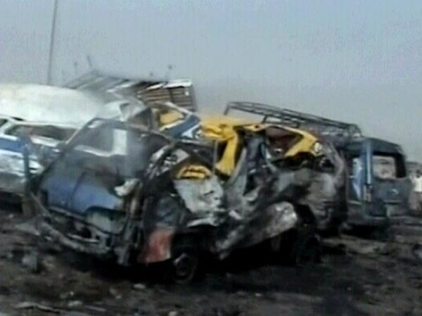 Baghdad - Bomb at bus stop