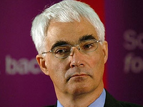 Alistair Darling - Expects growth to resume this year