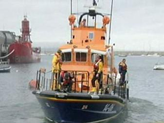 Life Boat - Large scale rescue operation