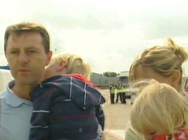 McCann Family - Madeleine's parents arrive home with their 2-year-old twins