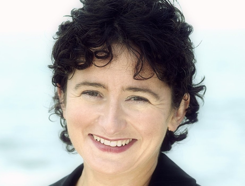 Fiona O'Malley - To seek PD leadership