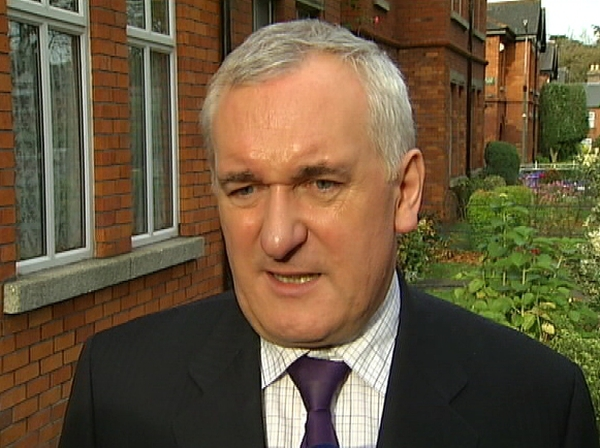 Bertie Ahern - Publican says he gave Taoiseach £16,500