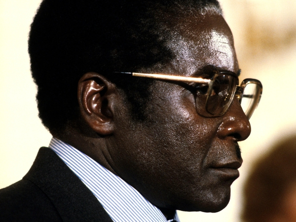 Robert Mugabe - In Portugal for summit