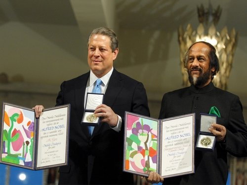 Gore & Pachauri - Climate change work recognised