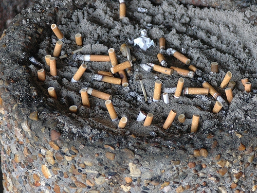 Cigarettes - Smoking ban introduced in France