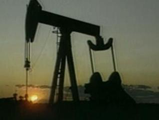 Oil - Higher prices help push up US deficit